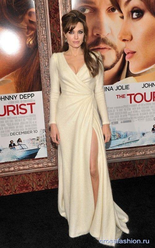 Джоли в платье из фильма турист