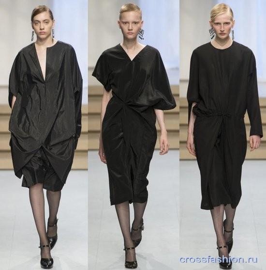Фото модных черных платьев через плечо