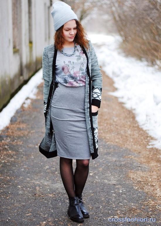 Серая юбка-карандаш: с чем носить и как не выглядеть в ней офисной курицей