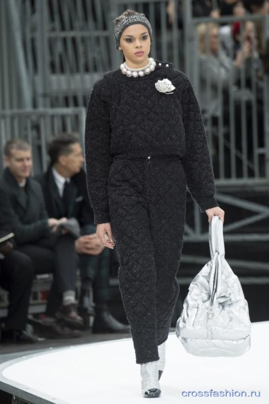 Chanel fall 2017 2018 73