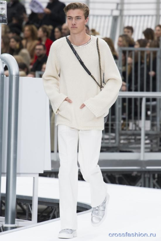 Chanel fall 2017 2018 44