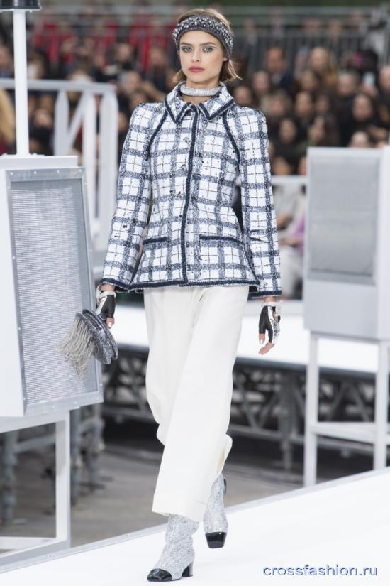 Chanel коллекция женской одежды осень-зима 2017-2018