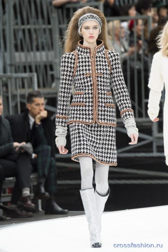 Chanel fall 2017 2018 26