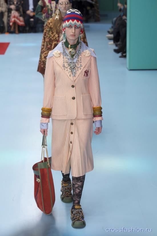 Gucci fall 2018 19