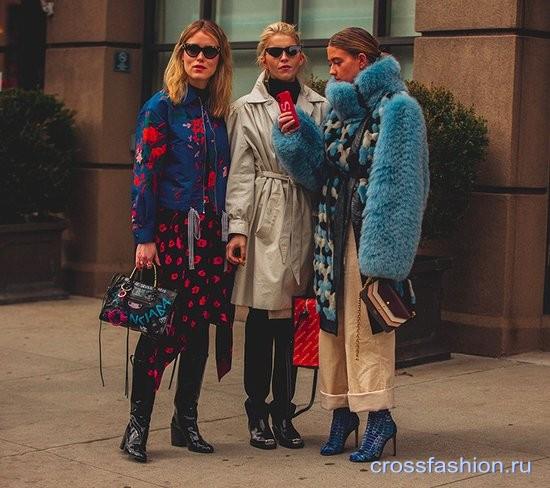 Стрит стайл Недели моды в Нью-Йорке, февраль 2018