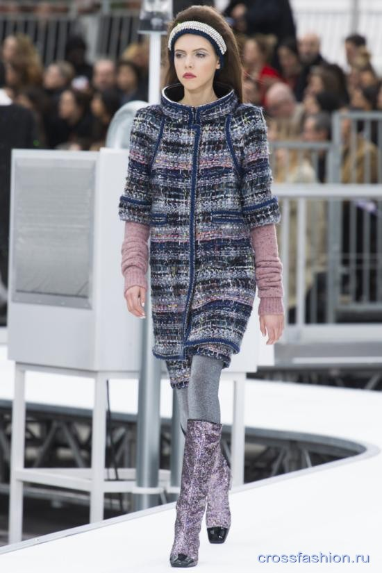 Chanel fall 2017 2018 50