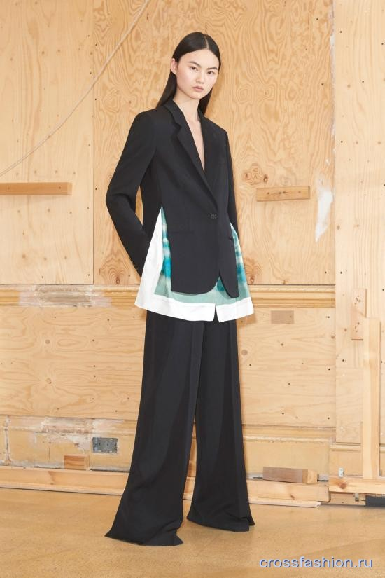 S McCartney resort 2019 10