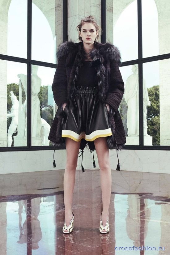 Fendi resort 2017 20