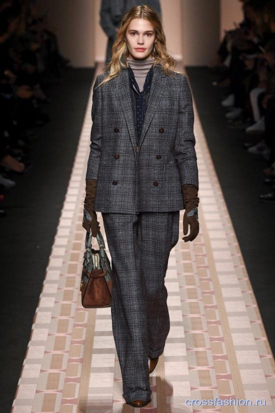 Trussardi fall 2017 2018 21