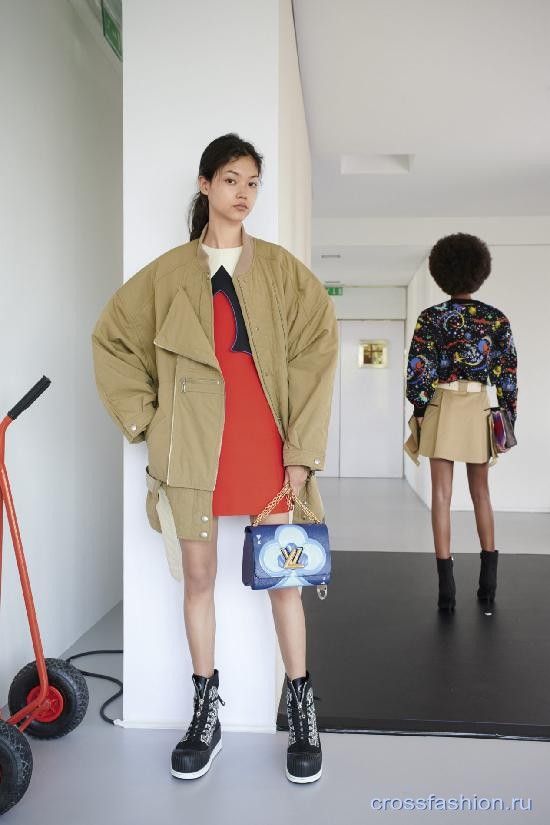 Louis Vuitton resort 2021 13