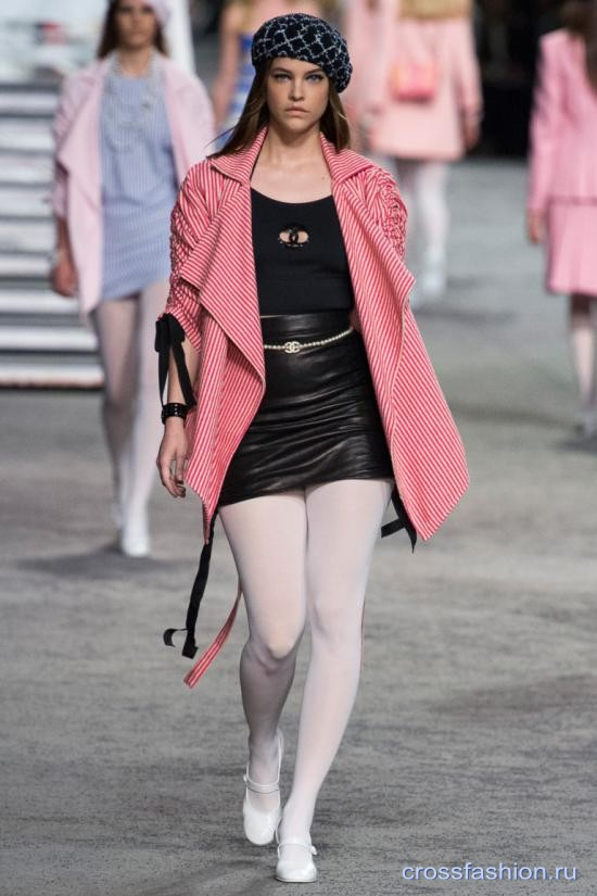 Chanel resort 2018 43