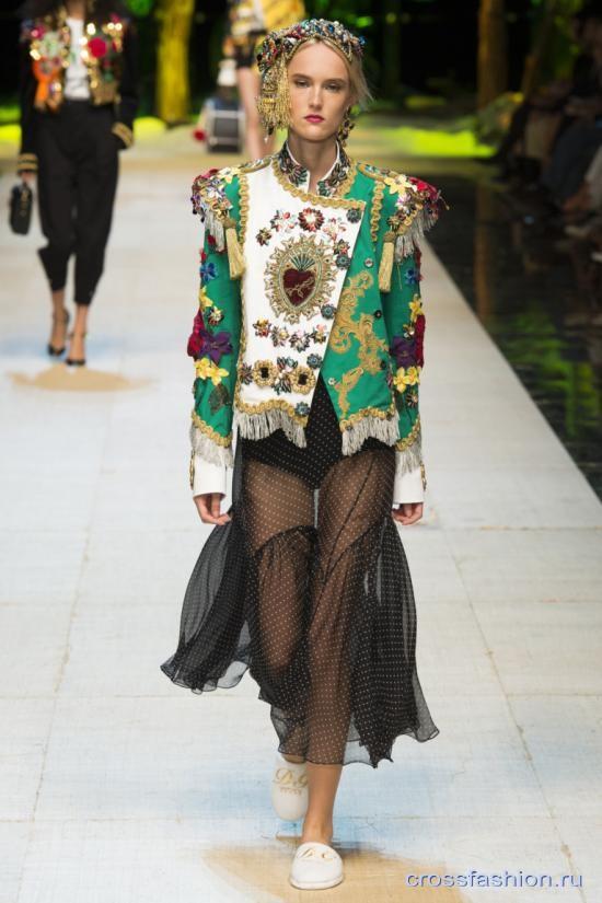 4f94692ba23 Crossfashion Group - Dolce   Gabbana коллекция весна-лето 2017
