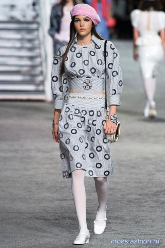 Chanel resort 2018 17