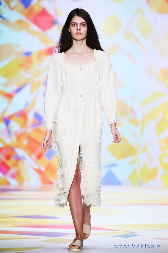 Mercedes-Benz Fashion Week Russia: LAROOM коллекция весна-лето 2016