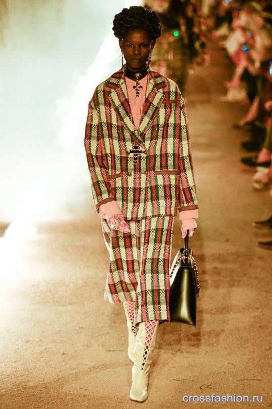 Gucci resort 2019 100