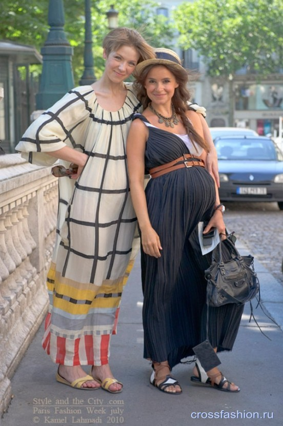 Vika-Gazinskaya-Miroslava-Duma-by-Style-and-the-City-Paris