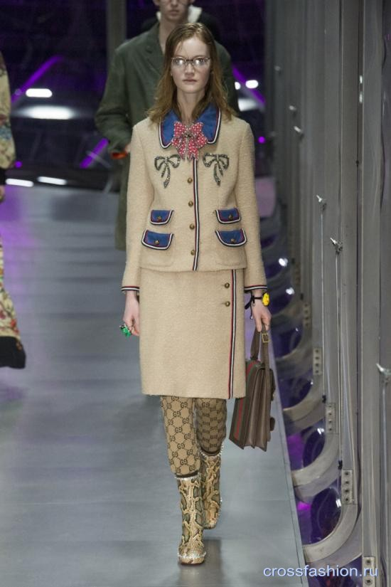 Gucci fall 2017 2018 90