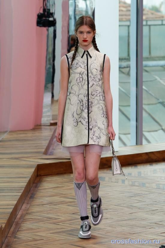 Prada resort 2018 37