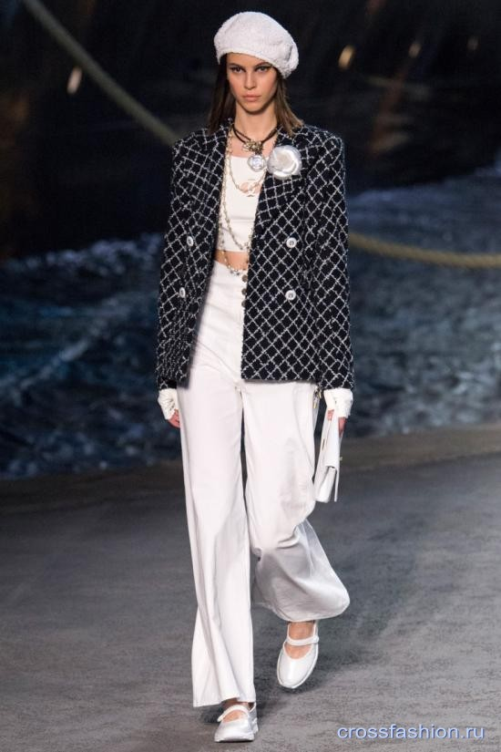 Chanel resort 2018 26