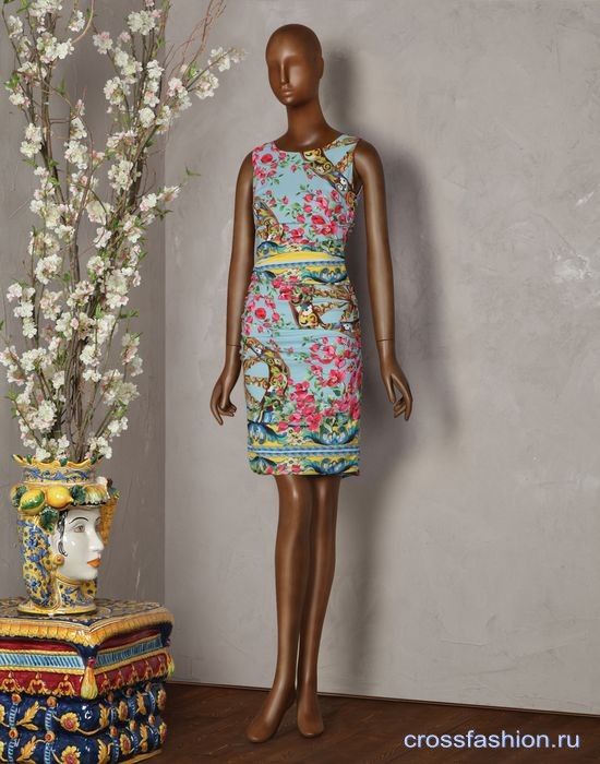 19077322e30 Crossfashion Group - Сколько стоит платье Dolce Gabbana